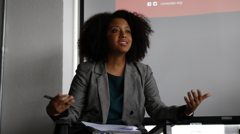 Foto: Paula Nunes aborda escravidão contemporânea no 6º curso de Informação e Direitos Humanos